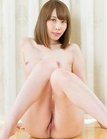 Aya Kisaki shows impressive range by doing all sorts of nasty fetish stuff on cam