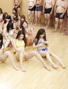 In this people orgy many Asian gals get cum