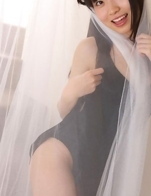 Hijiri Sachi shows sexy legs under dress and plays a lot
